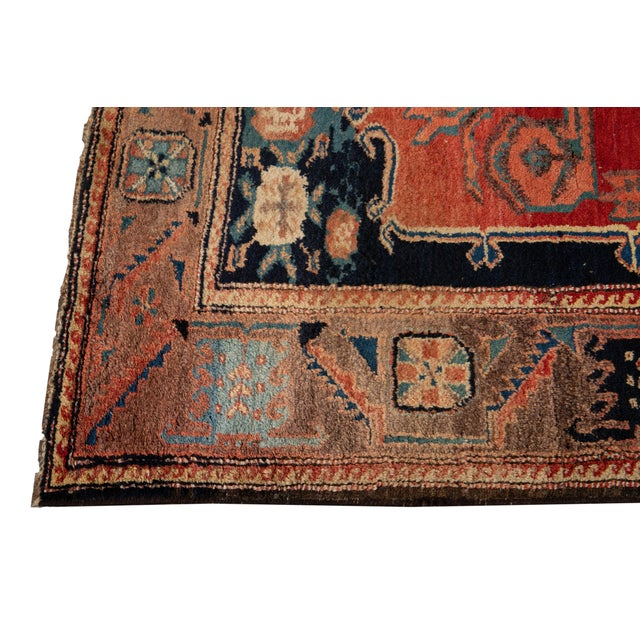 Mid-20th Century Vintage Wool Rug 4' 5'' X 8' 8''. For Sale In New York - Image 6 of 13