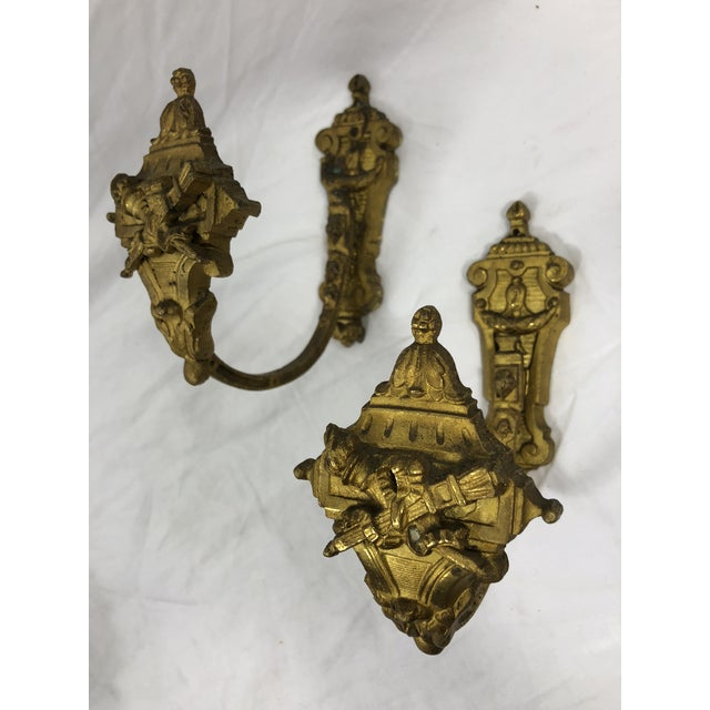 French Antique 19th Century Gilded Bronze Curtain Tie Backs or Hooks - a Pair For Sale - Image 4 of 4