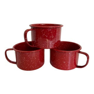 Vintage Red Enamel Splatter Ware Mugs - Set of Three For Sale