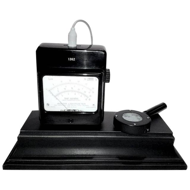 Working Cinema Footcandle Light Meter Circa 1960s with Probe. Display As Sculpture For Sale