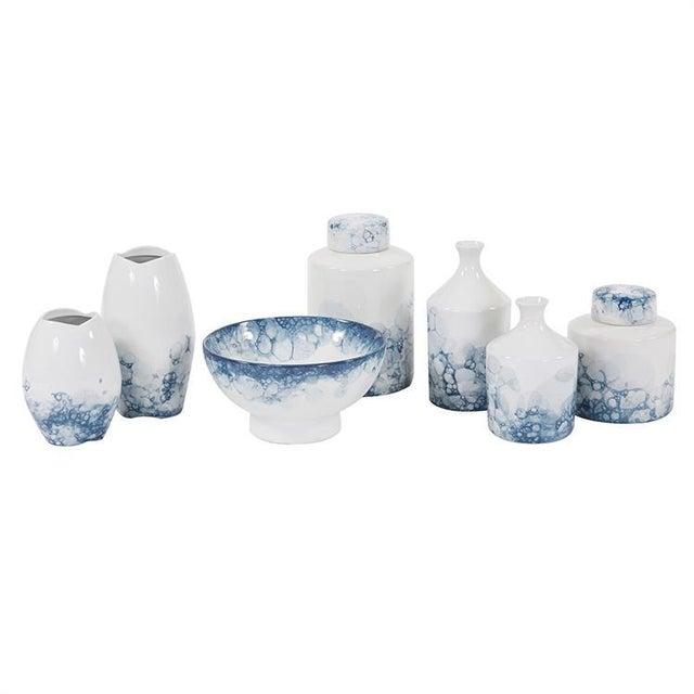Kenneth Ludwig Chicago Kenneth Ludwig Large Blue & White Porcelain Tea Jar For Sale - Image 4 of 5
