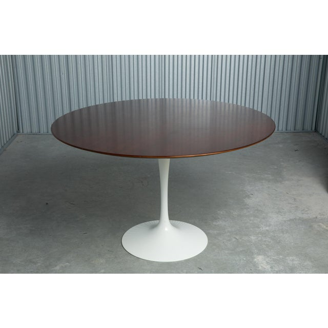 Knoll Saarinen for Knoll Round Tulip Dining Table For Sale - Image 4 of 4
