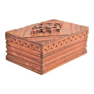 Vintage Hand Carved Wood Jewelry Trinket Box For Sale