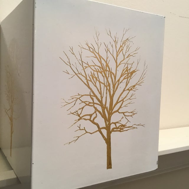 Gold Vintage White Lacquered Plastic Tissue Box With Gold Metallic Abstract Tree Design For Sale - Image 8 of 9