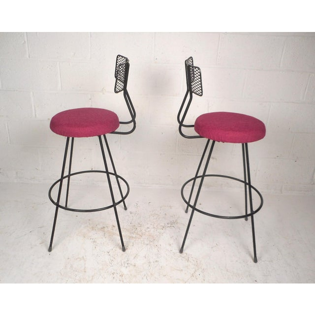 Pair of Vintage Modern Swivel Bar Stools For Sale - Image 4 of 7
