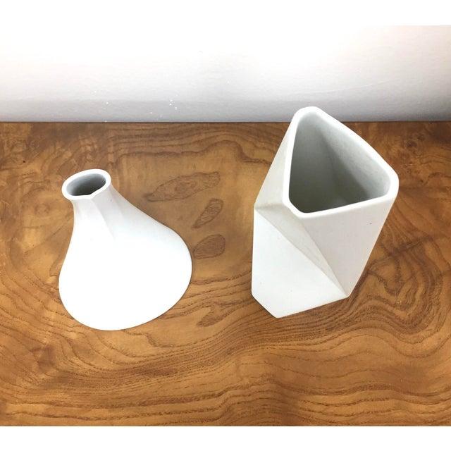 Rosenthal Studio Line 1960s Mid-Century Modern White Rosenthal Studio Line Vases - Set of 2 For Sale - Image 4 of 6