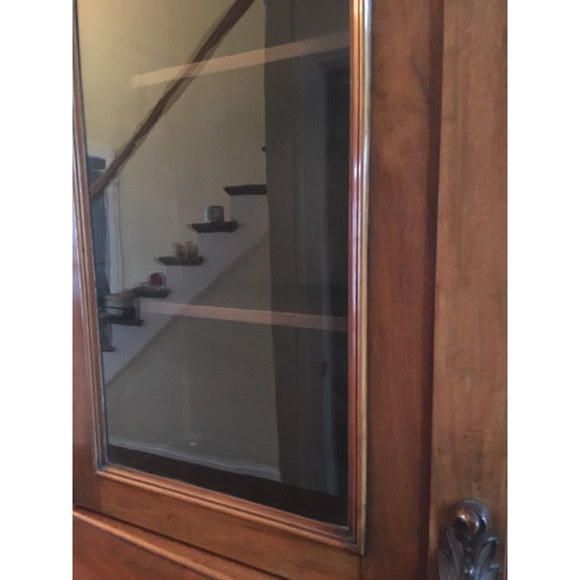 19th Century Traditional Mahogany Bookcase or China Cabinet For Sale In Chicago - Image 6 of 11