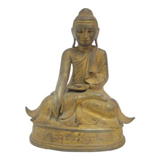 Late 19th Century Antique Bronze Mandalay Sitting Buddha Figurine For Sale