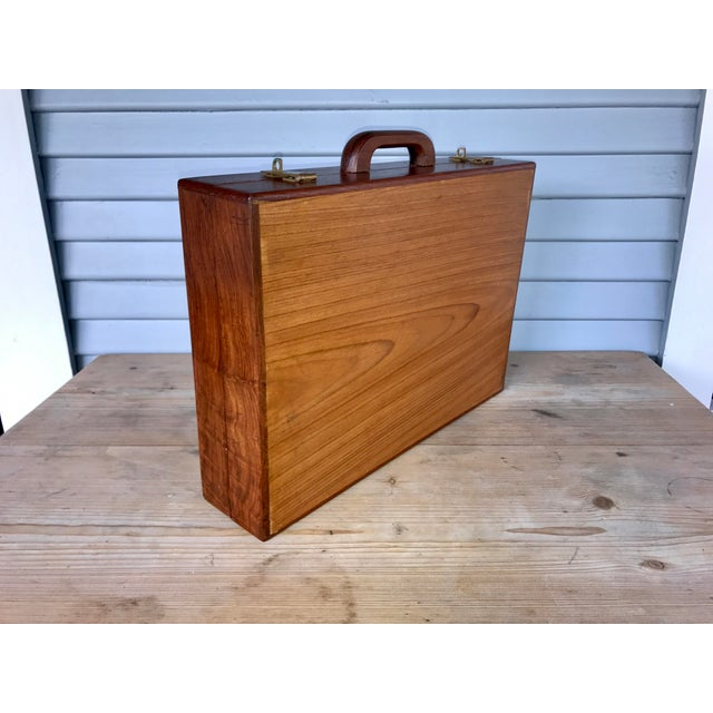 Blue Vintage Shag-Carpet Salesman's Sample Case For Sale - Image 8 of 10