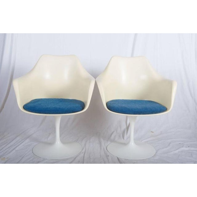 Danish Modern Model 151 Tulip Armchairs by Eero Saarinen for Knoll International - A Pair For Sale - Image 3 of 10