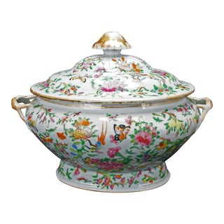 Large Chinese Export Qing 1000 Butterfly Tureen For Sale