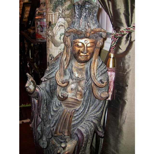 19c Asian Wooden Carved, Painted & Gilded Guanyin Statue For Sale In Dallas - Image 6 of 12