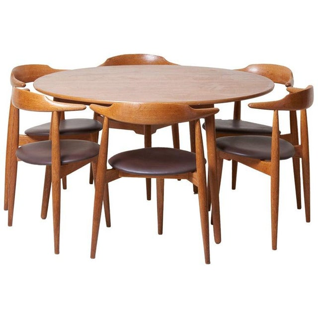Dining Set With a Table and Six Heart Chairs by Hans Wegner for Fritz Hansen For Sale - Image 13 of 13