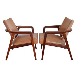 Bernadotte Danish Modern Lounge Chairs - Pair For Sale