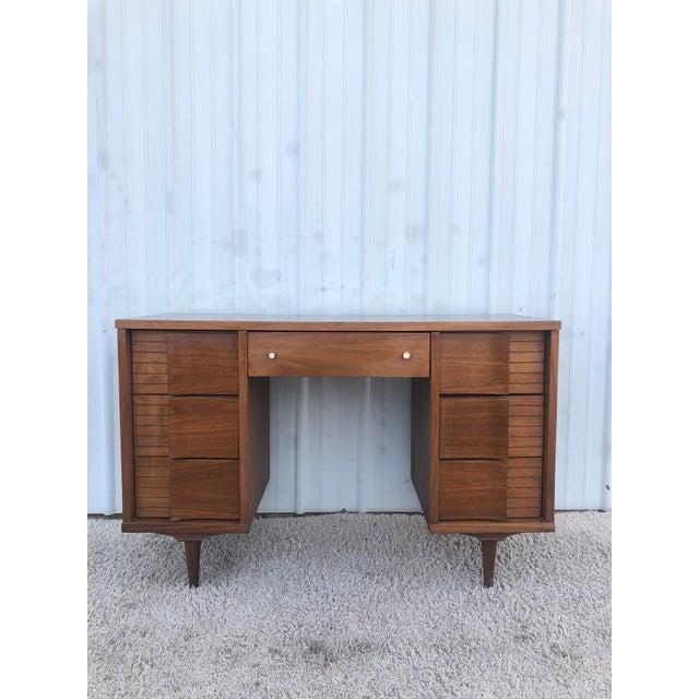 Mid Century Modern 7 Drawer Writing Desk by Johnson Carper For Sale - Image 13 of 13