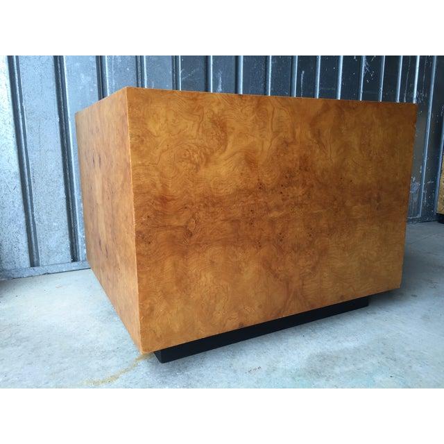 Mid-Century Olive Burl Pedestal Table - Image 4 of 7