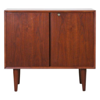 Small Mid-Century Modern Lockable Walnut Cabinet or Mini-Bar or Dry Bar For Sale