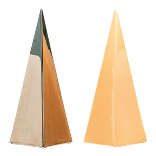Set of 2 Jaru 1985 Ceramic Pyramids For Sale