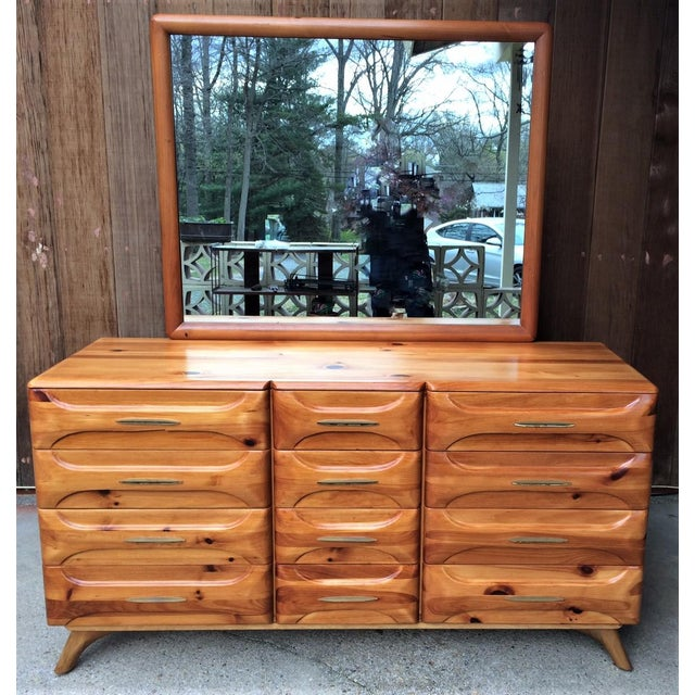 Franklin Shockey Mid-Century Sculptured Pine Dresser With Mirror Rustic Modern For Sale - Image 13 of 13
