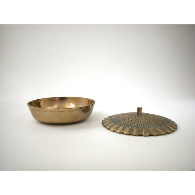 Brass Bowl with Faux-Thatch Lid - Image 5 of 8