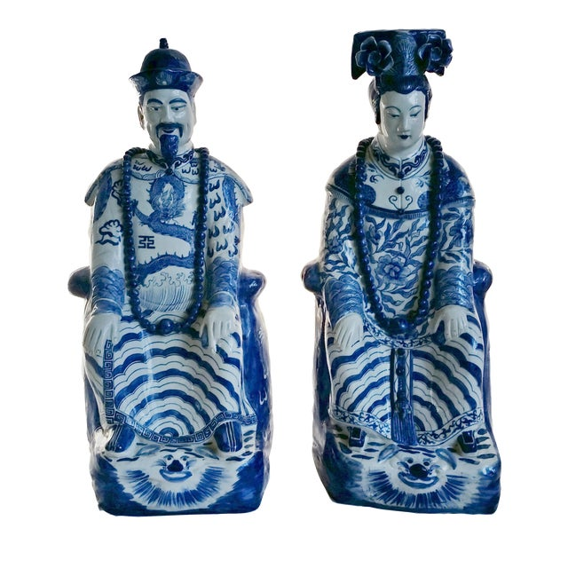 Very Large Scale Chinese Blue & White Figures - Image 1 of 9