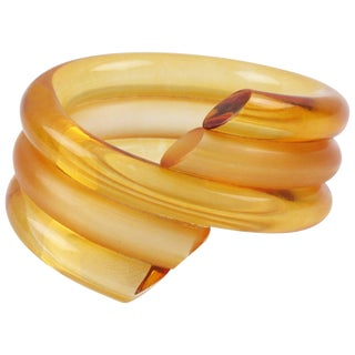 Judith Hendler Acrylic Lucite Coiled Bracelet Bangle Orange Frost and Clear For Sale