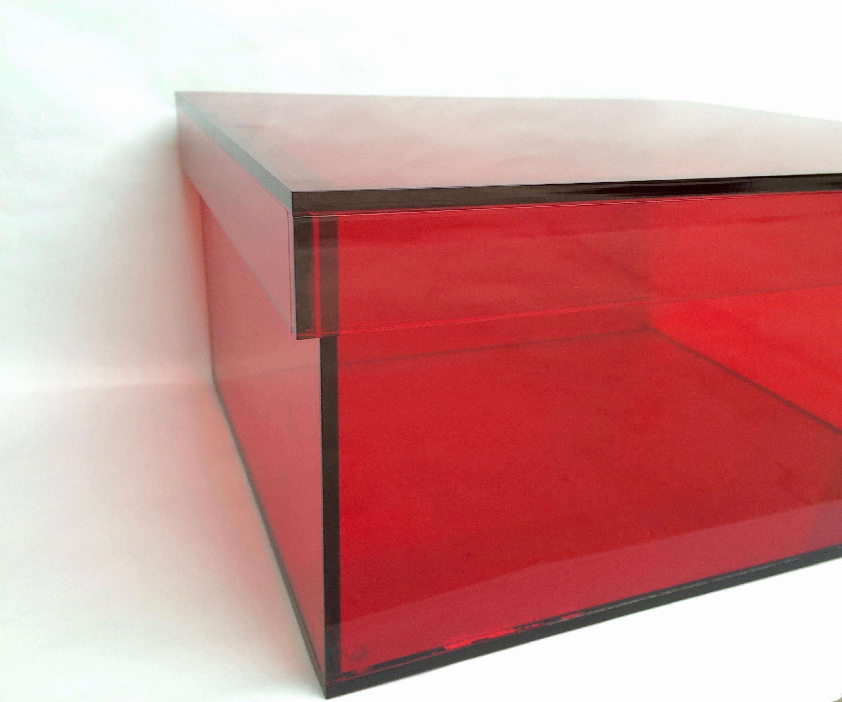 Vintage Red Acrylic Storage/Desktop Box For Sale   Image 5 Of 7