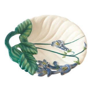 Vintage Italian Majolica Dish With Trumpet Flower Cluster For Sale