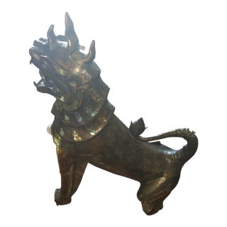 Antique Bronze Thai Foo Dog W/ Amethyst & Rose Quartz For Sale