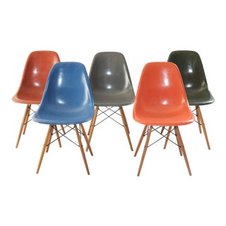 Vintage Eames Molded Side Shell Chairs - Set of 5 For Sale