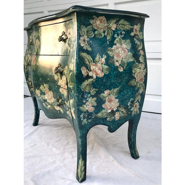 1970s Vintage French Hand-Painted Bombe 3-Drawer Chest For Sale In Los Angeles - Image 6 of 10