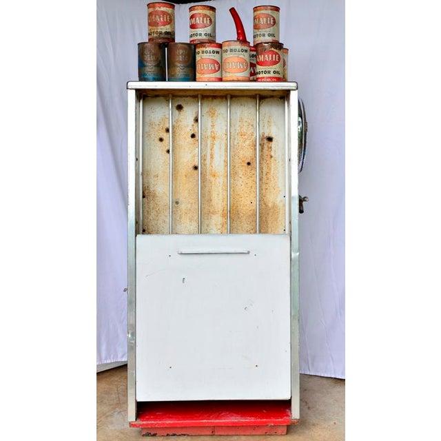 Vintage Mobil Oil Pegasus Advertising Display Cabinet For Sale - Image 10 of 13