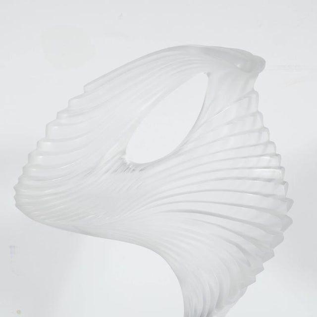 """Crystal Lalique """"Trophee"""" Sculpture in Frosted Clear Crystal, France, circa 1995 For Sale - Image 7 of 10"""