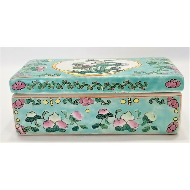 Mid-Century Modern Vintage Light Blue Chinese Famille Rose Porcelain Box With Flowers and Phoenix - Asian Oriental Palm Beach Boho Chic Mid Century For Sale - Image 3 of 12