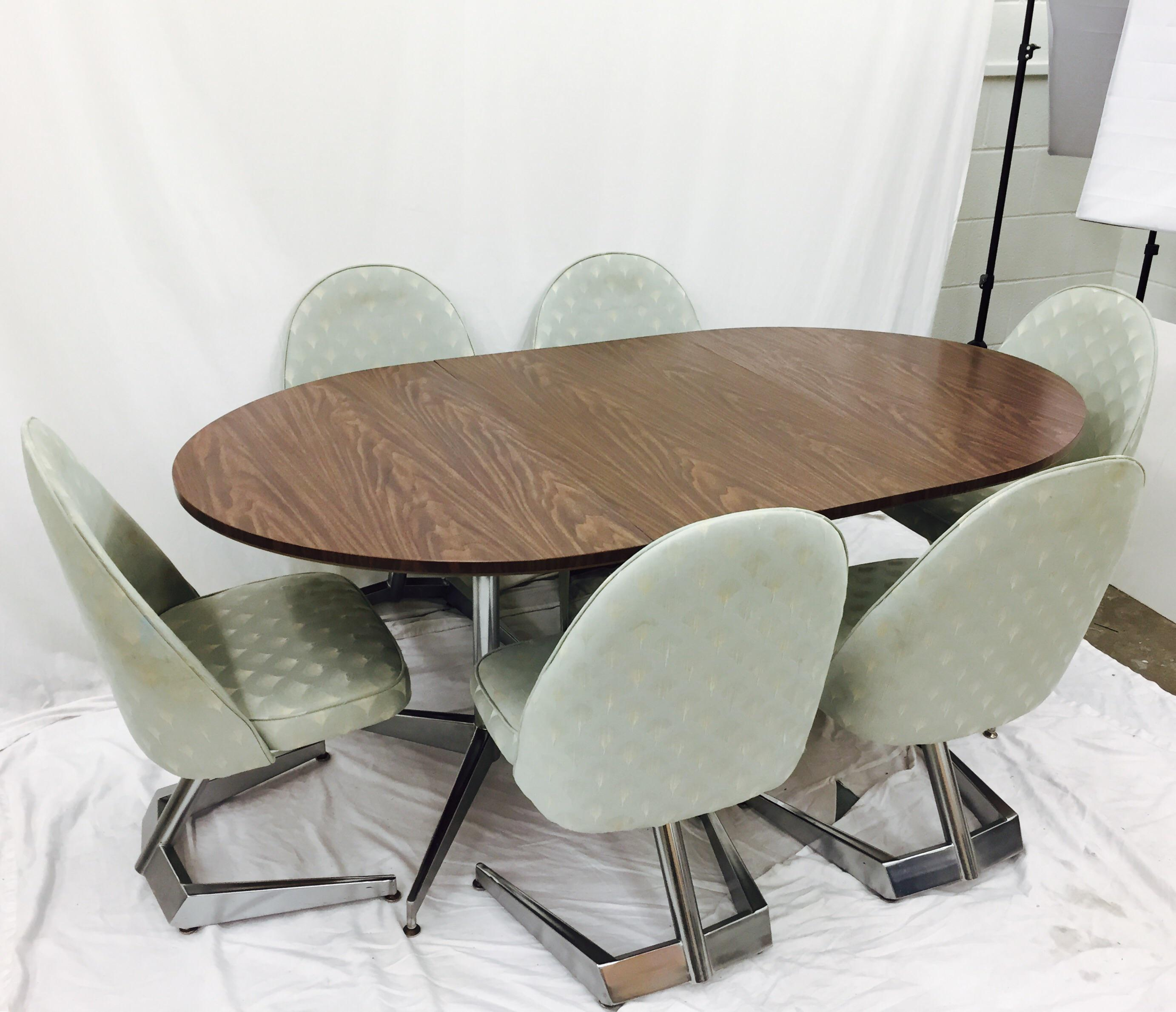 Stunning Vintage Mid Century Modern Eames Era Chrome Dining Set. Complete  With 6 Chrome Swivel