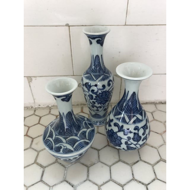 Blue & White Porcelain Chinoiserie Vases - Set of 3 For Sale In Los Angeles - Image 6 of 7