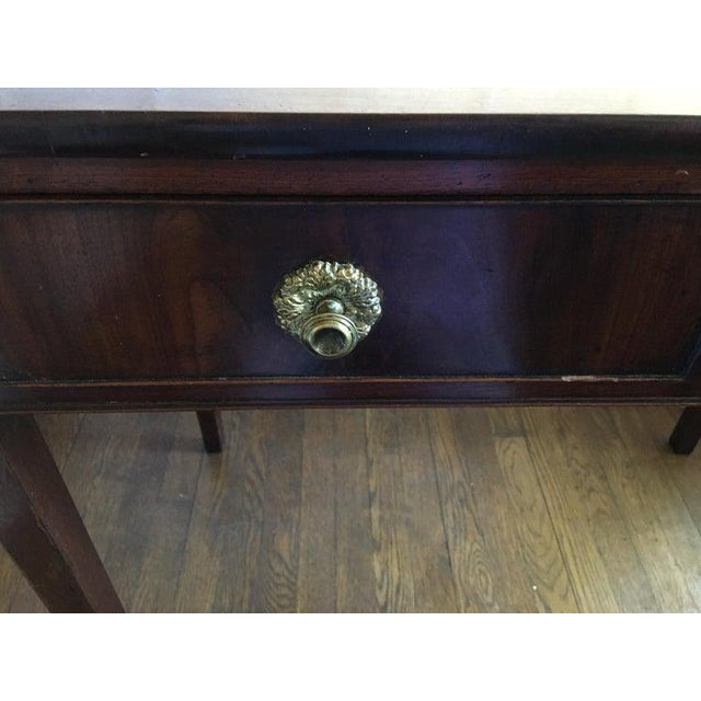 English Mahogany Side Table with Two Drawers on Tapered Legs, circa 1800 For Sale - Image 4 of 8