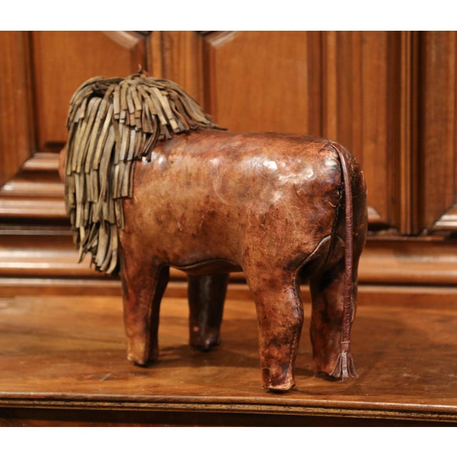 19th century English Foot Stool Lion Sculpture with Original Brown Leather - Image 7 of 8