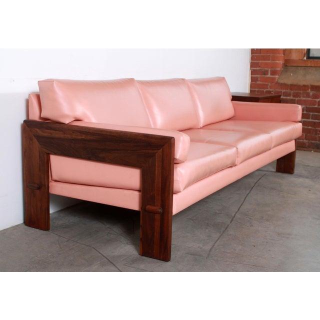 Danish Modern Mid Century Modern Adrian Pearsall for Craft Associates Pink Vinyl & Walnut Sofa For Sale - Image 3 of 13