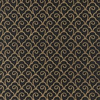 Sample - Schumacher Scallop Filigree Sisal Wallpaper in Gold on Jet For Sale