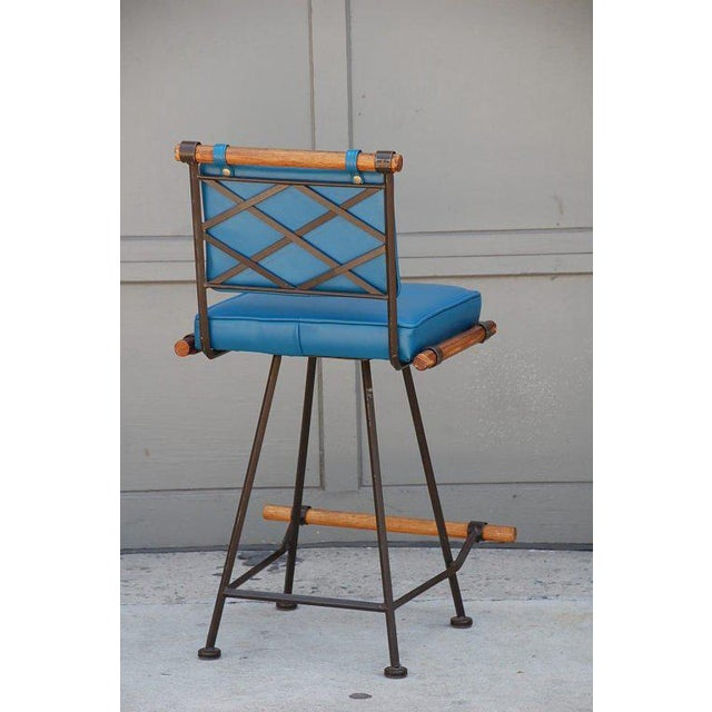1950s 1950's Comfortable Wrought Iron and Oak Swiveling Bar Stool For Sale - Image 5 of 6