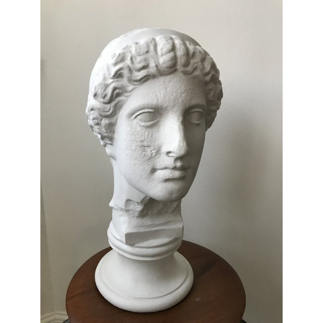 Vintage Plaster Female Bust For Sale In Minneapolis - Image 6 of 11