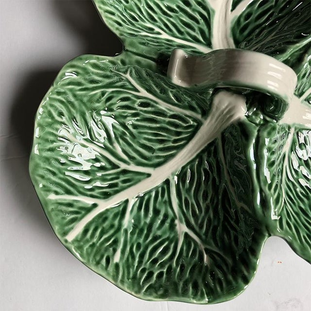 Green Magolica Cabbage Ware Condiment Serving Dish Tray With Knob For Sale - Image 4 of 6