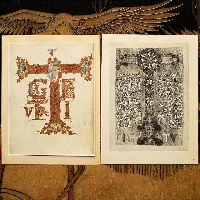 1949 Letter T From Dragon's Sacramentary, First Edition Vintage Gold Ink Lithograph For Sale In Dallas - Image 6 of 9