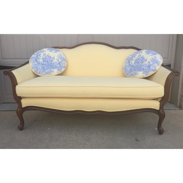 Vintage Bernhardt French Louis XV Style Settee For Sale - Image 11 of 11