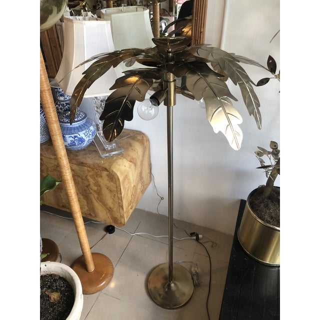 Vintage Hollywood Regency Gold Brass Metal Palm Tree Leaf Frond Leaves Floor Lamp For Sale - Image 11 of 13
