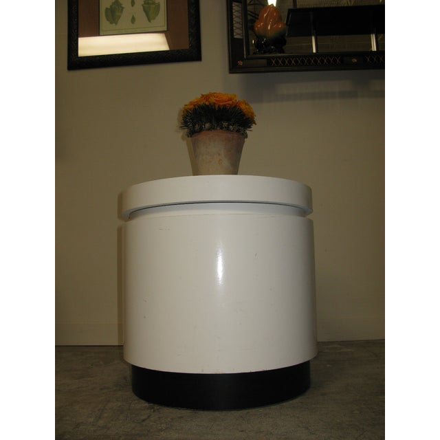Wood 1970s Mid Century Modern White and Black Stand For Sale - Image 7 of 8