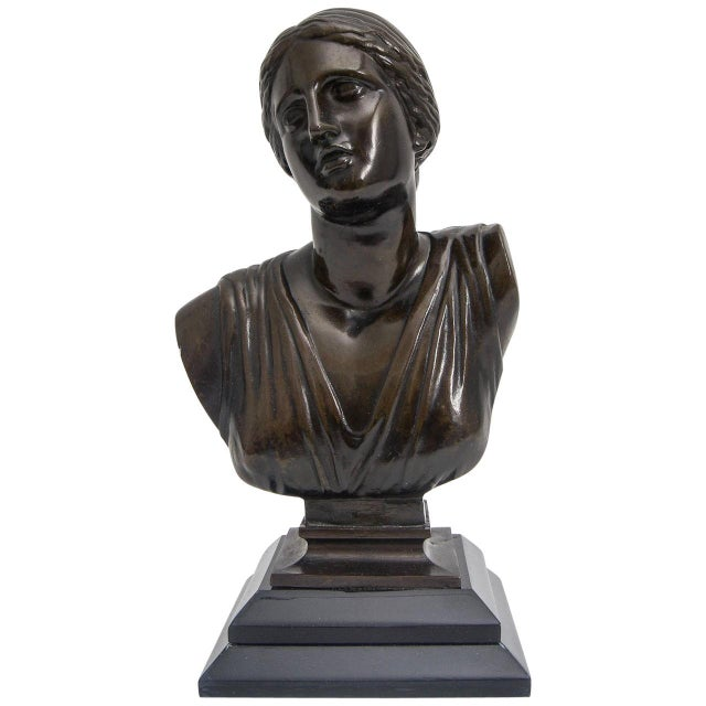 Grand Tour Bust of Venus Classical Bronze Museum Sculpture For Sale In West Palm - Image 6 of 6