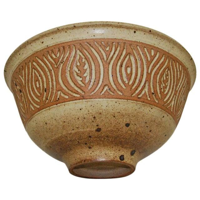 1980s Large 1980s Peter Lane Sgraffito Stoneware Bowl For Sale - Image 5 of 5