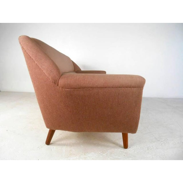 1950s Mid-Century Modern Sofa in the Style of Kai Kristiansen For Sale - Image 5 of 11